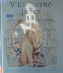 kniha: V knihovně je lev